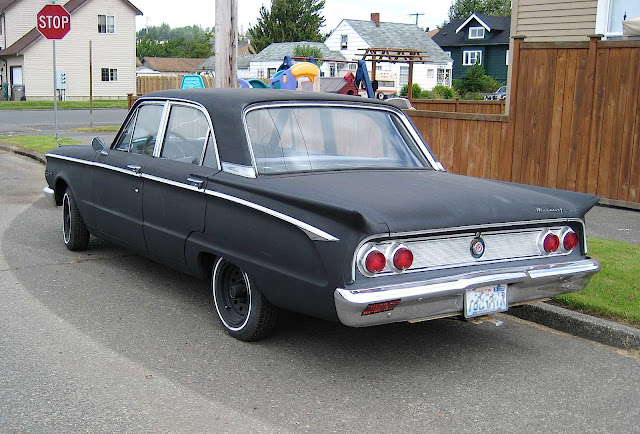a 1962 Mercury Comet photo