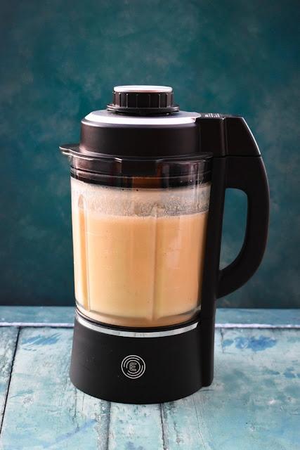 creamy cauliflower soup in blender jug