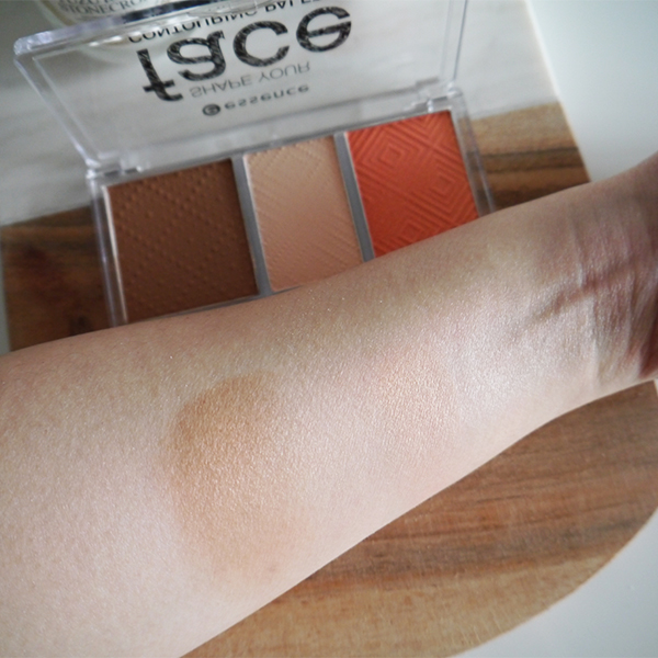 Essence Shape Your Face Contouring Palette swatches