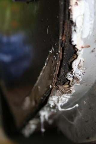 Infiltration d'eau Soyez vigilant !!! Faite vos inspections rigoureusement Water+Damage+Back+Left+3