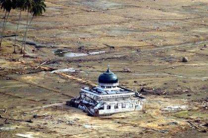 Berikut 7 Daftar Bencana Tsunami Hebat yang Pernah Terjadi di Indonesia
