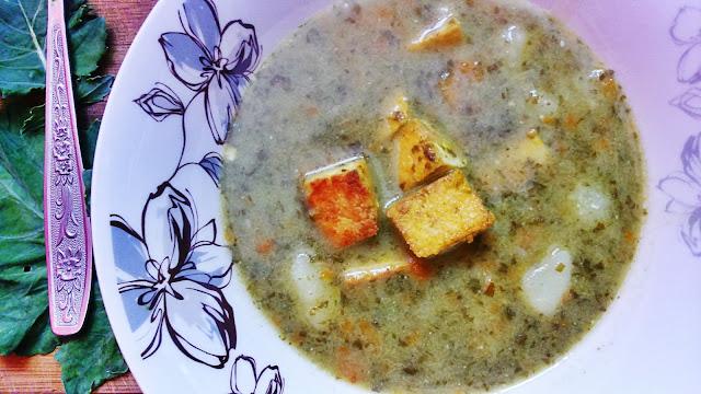 Zupa szczawiowa z jajecznym tofu