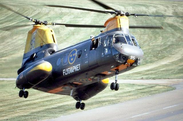 Gambar 52. Foto Helikopter Angkut Militer Boeing Vertol CH-46 Sea Knight