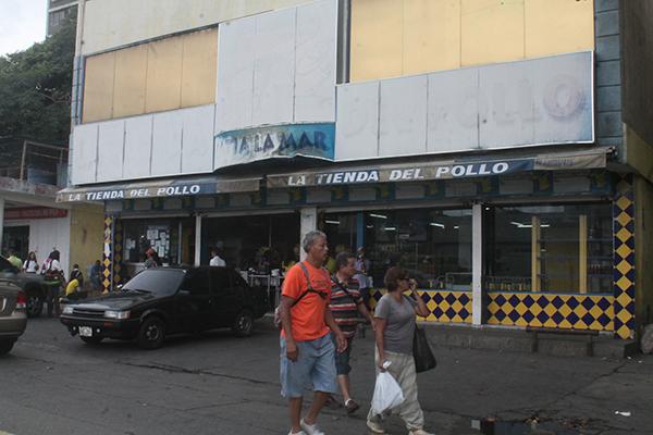 Pequeños comerciantes asfixiados con nuevo aumento salarial