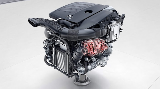 Đánh giá Mercedes E300 AMG 2021