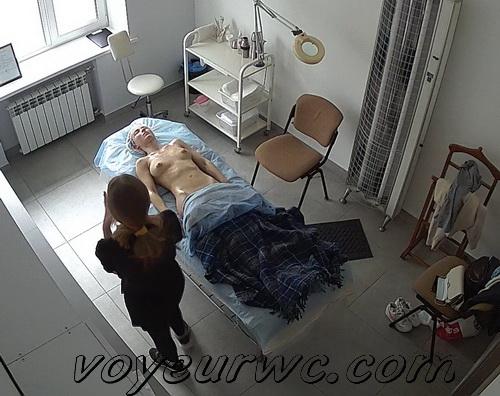 Massage parlor owner filmed girls with hidden camera (Hidden cams in massage parlors 01)