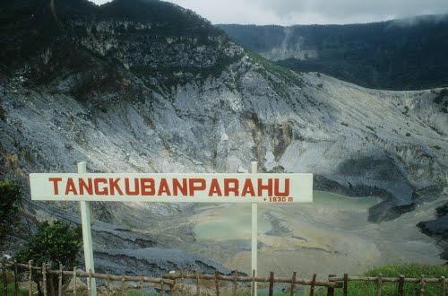 Legenda Obyek Wisata Gunung Tangkuban Perahu
