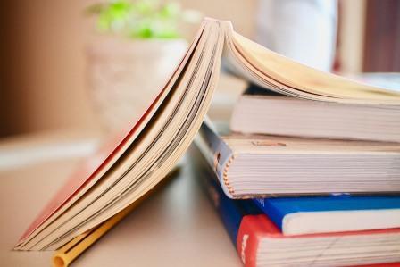Ingin Menerbitkan Buku? Bedakan Dahulu Penerbit Mayor atau Indie