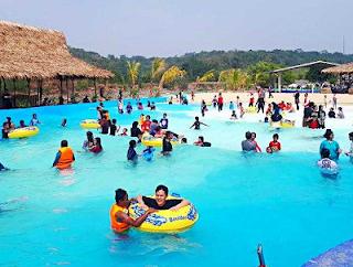 aktivitas air di kolam renang www.jokowidodo-marufamin.com