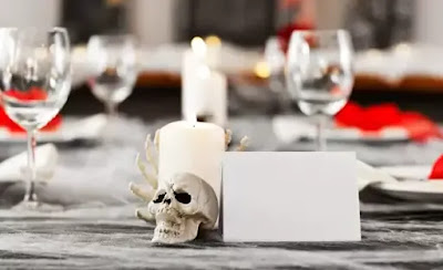 Ideas for the Halloween table: how to decorate it in a scary way 3