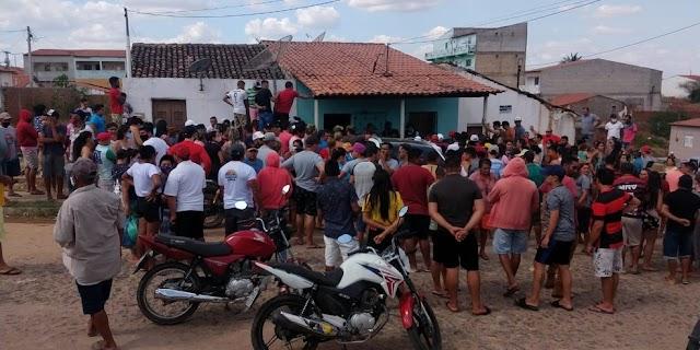 Três policiais militares são presos por participação em chacina que deixou cinco mortos no CE