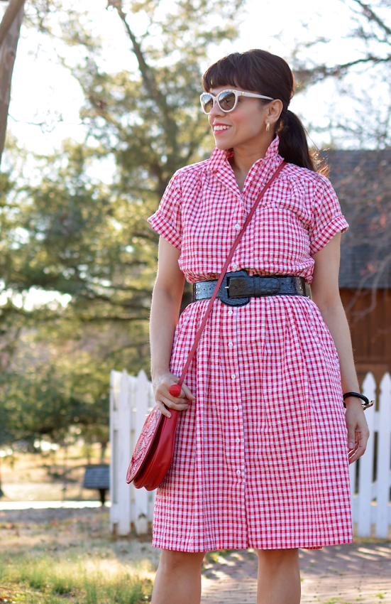 Outfit with a gingham dress