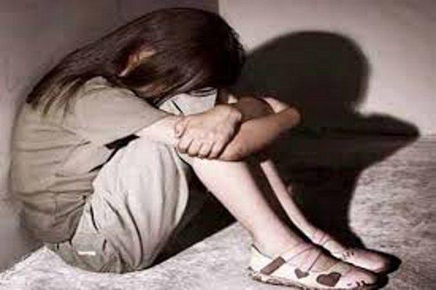 रिश्तेदारों ने ही लूटी 12 साल की नाबालिग की आबरू
