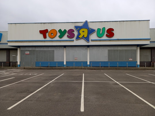 Toys R Us at Wyvern Retail Park in Derby
