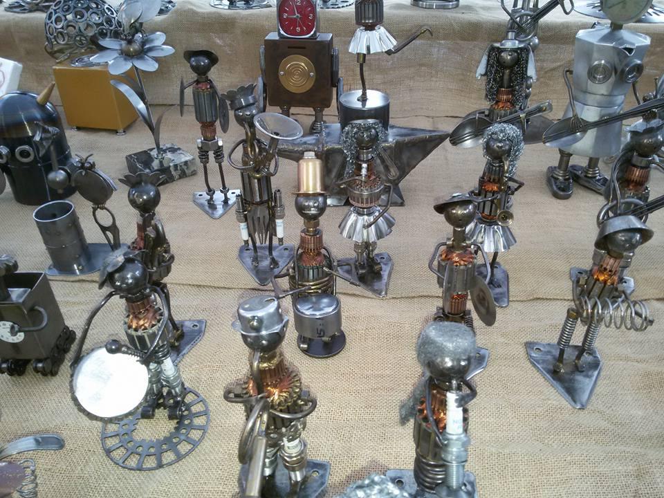 Artigianato fai da te made in italy legno metalli e for Arte del riciclo fai da te