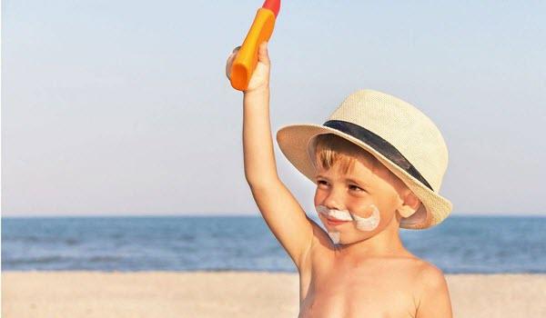 أفضل 10 طرق لحماية نفسك من الشمس