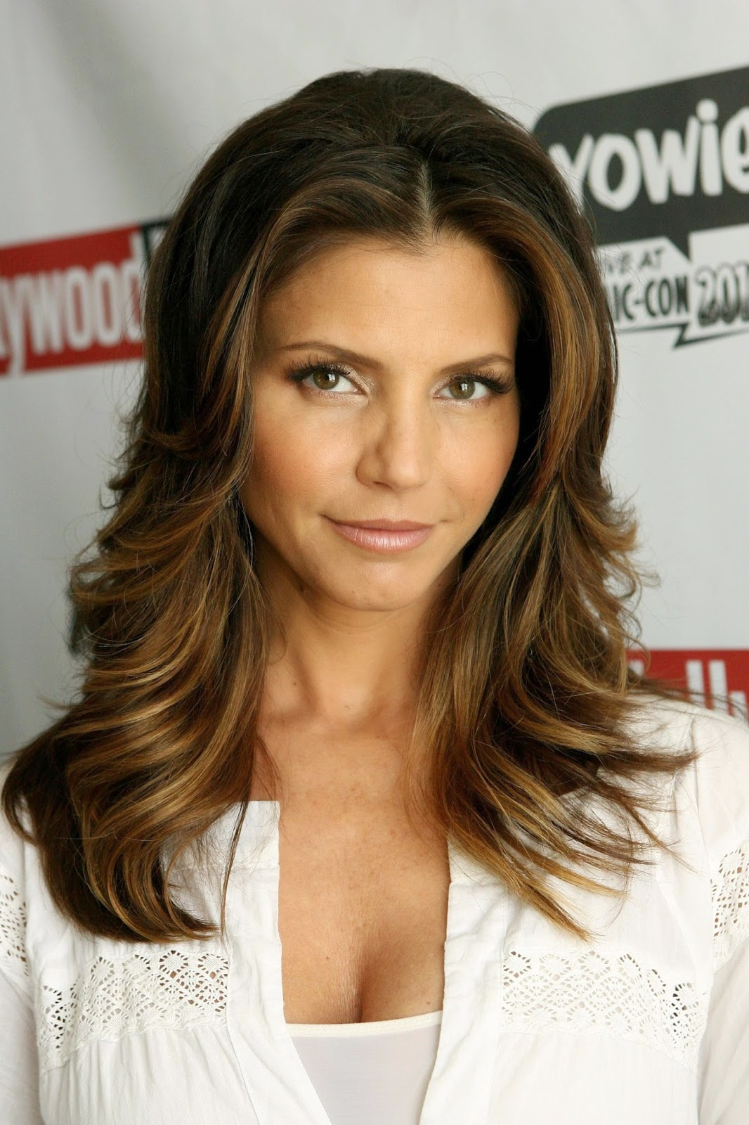 Charisma Carpenter has been a very popular star and she is famous all over  the world. Although lots of celebs are dragged into topics related to  surgeries ...