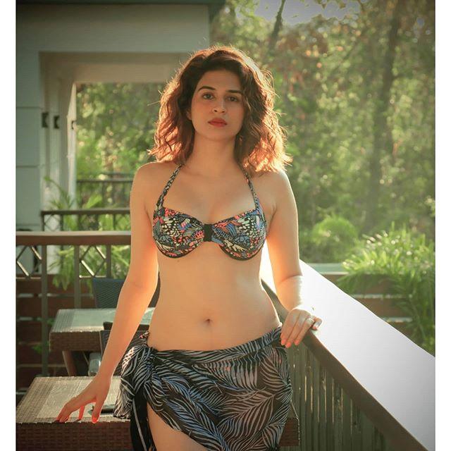 shraddha das |  shraddha das hot Images, Bio