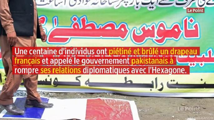 Caricatures de Mahomet : manifestation anti-« Charlie Hebdo et drapeau français brûlé » au Pakistan