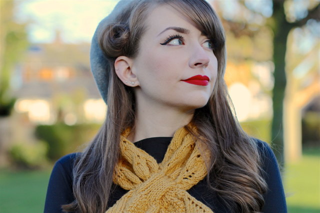 Ascot scarf and beret