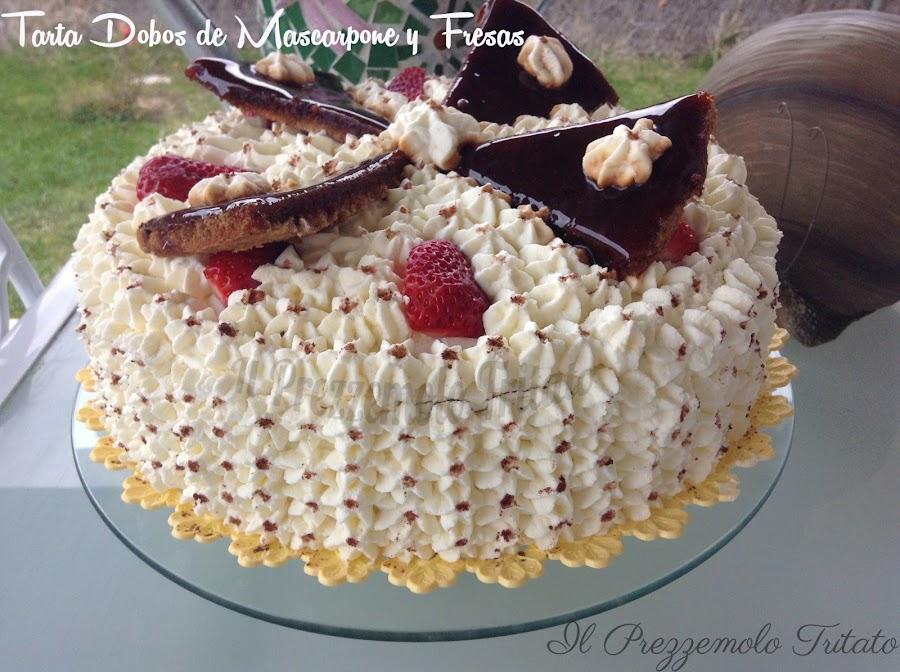 Tarta Dobos con mascarpone y fresas