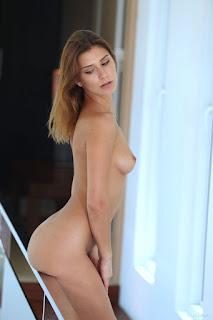 Wild lesbian - rise_21_30994_10.jpg