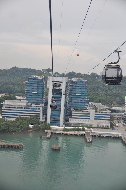 Singapore 10 Fun Activities - Mount Faber Cable Car