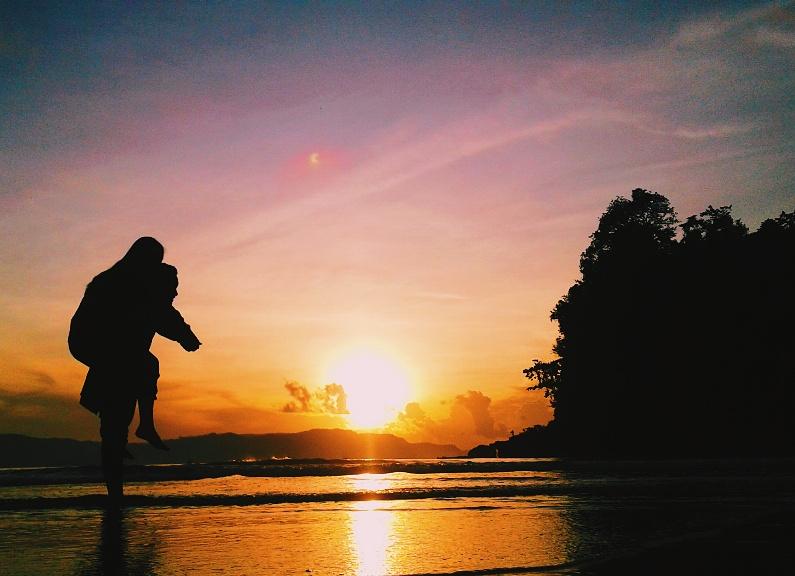 gambar Sunrise Pantai Sine