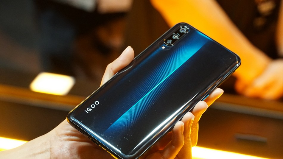 Vivo تؤكد لنا رسميًا قدوم الهاتف Vivo iQOO Pro 5G في الشهر المقبل