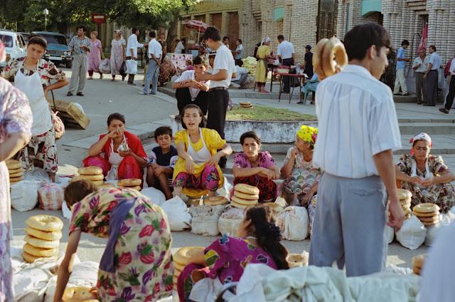 Ouzbékistan, Samarcande, marché Siyab, © Louis Gigout, 1999