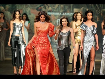 shilpa-shetty-showstopper-for-monisha-jaising