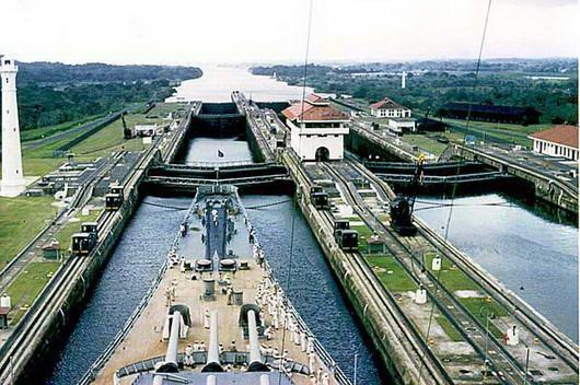 panama+terusan2 Butuh Rp. 3 M Untuk Ongkos 1 Kapal Melewati Terusan Panama