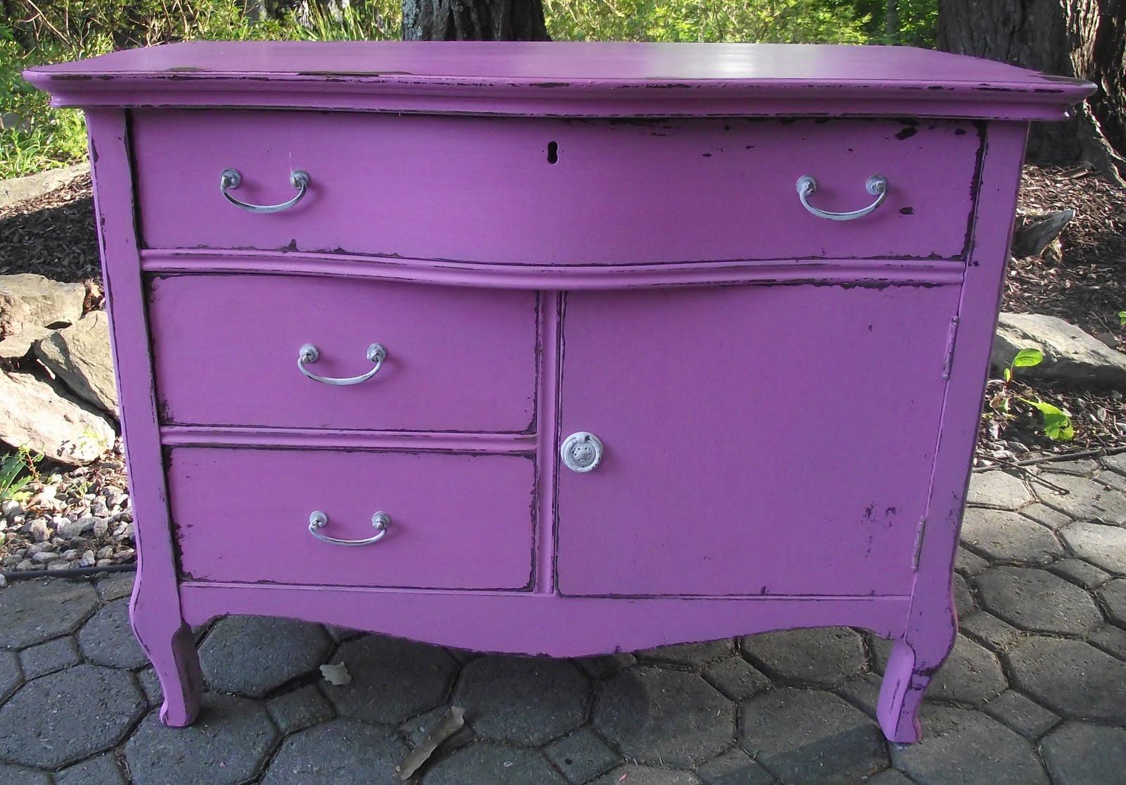 Serendipity Chic Design: Bubble gum pink shabby chic dresser