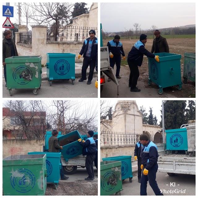 Çöp konteynerleri yıkanıp dezenfekte ediliyor