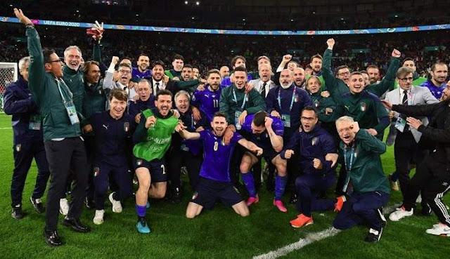 Italia Lolos Final EURO 2020 2021