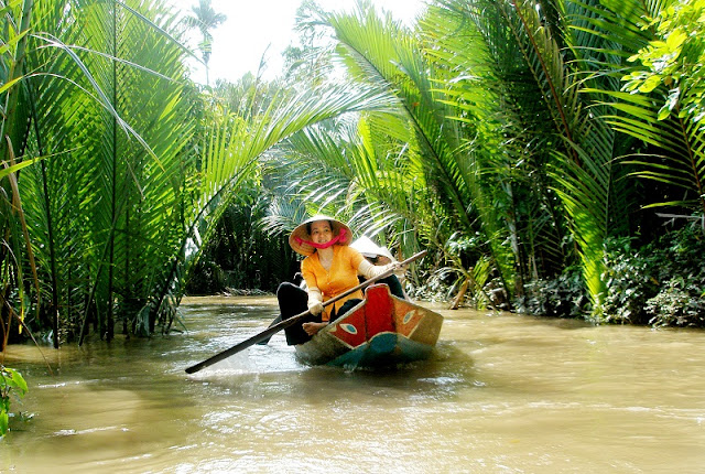 Vietnam Family Tours in Mekong Delta 3