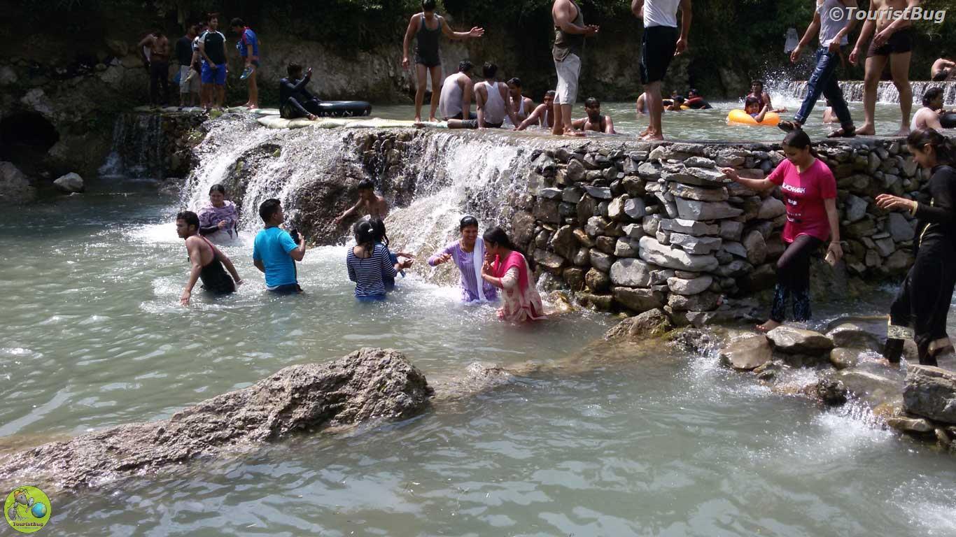 dehradun tourist places