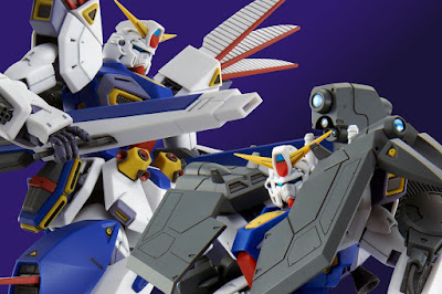 MG 1/100 F90 Gundam Mission Pack R & V