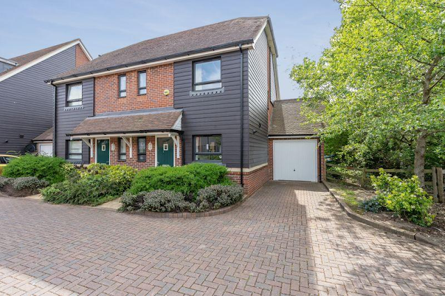 3 bed house, Lillywhite Road, Westhampnett