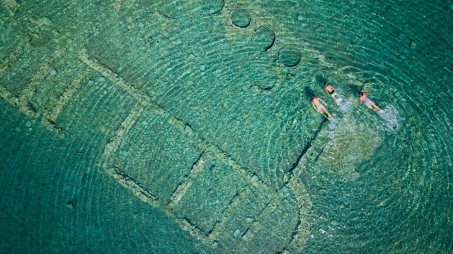 """""""ΠΕΡΙΠΛΟΥΣ"""": To project με τις προηγμένες τεχνολογίες που θα αναδείξει τη βυθισμένη πολιτεία της Επιδαύρου"""