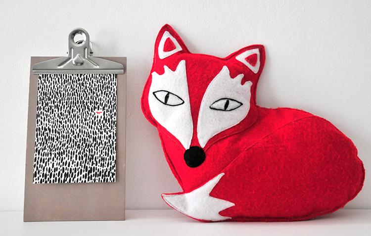 miss red fox shop update postkarten. Black Bedroom Furniture Sets. Home Design Ideas