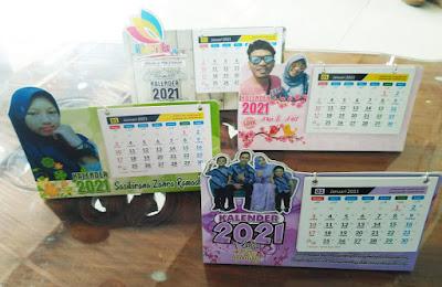 Desain Kalender Duduk 2021 Unik CDR