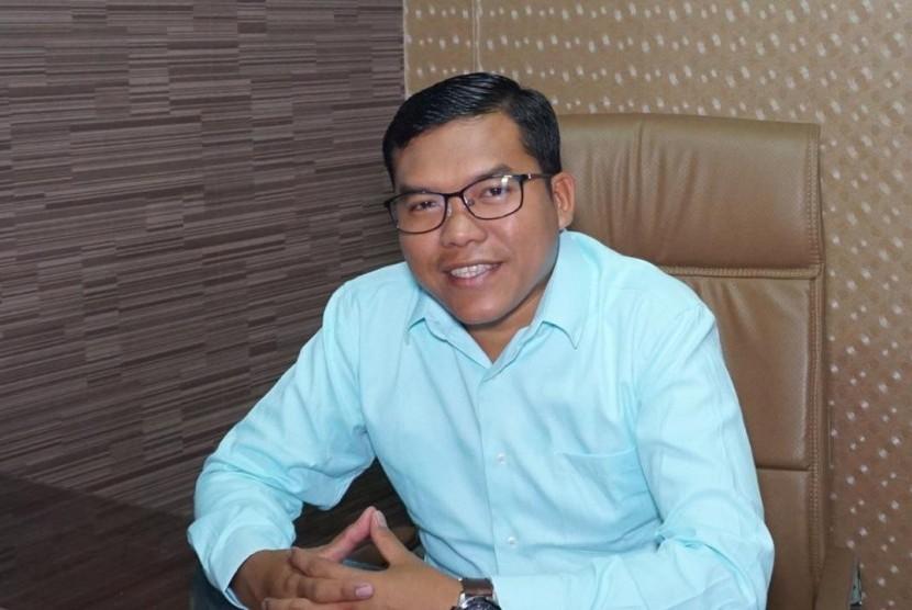 "Penguasa Diminta ""Santuy"" Tanggapi Kritik Rakyat"
