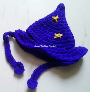 free crochet pattern, free crochet cap pattern, free crochet headwear pattern, free crochet wizard cap pattern, free crochet cat headwear pattern, free crochet cat wizard cap pattern, free crochet animal clothing pattern, Oswal Cashmilon,