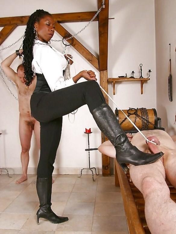 Black mistress feet licking