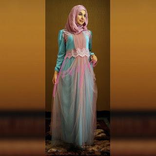 Gaun Pesta Muslim dan Tips Buat Tampil Minimalis Tapi Elegan