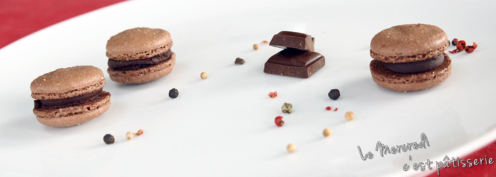 Macarons au chocolat noir et poivre