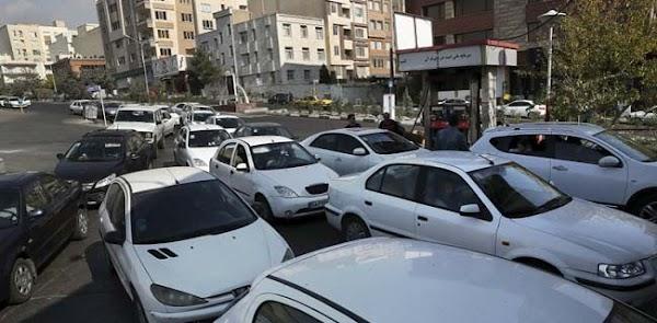 Potong Subsidi BBM, Massa Turun Ke Jalan Sasar Pom Bensin