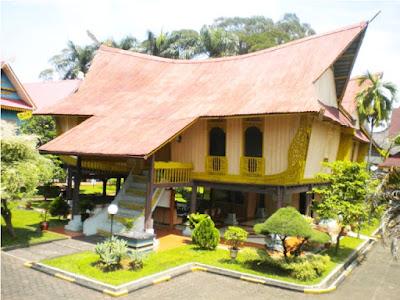 Bangunan Rumah Adat Riau
