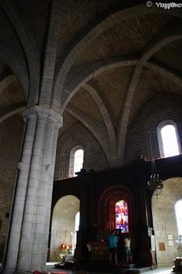 Gli interni della Basilica di Saint Saveur di Rocamadour